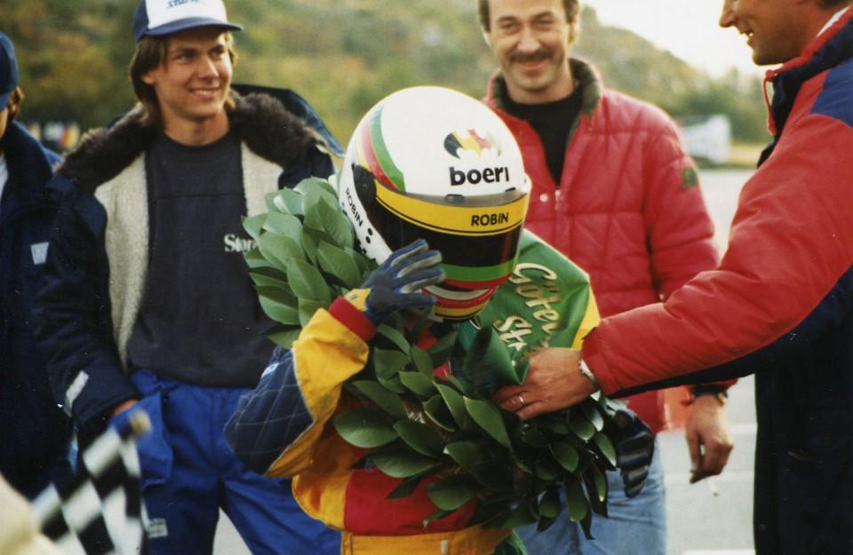 1990-2